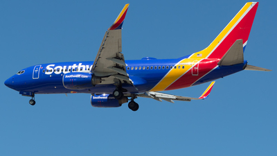 N424WN - Boeing 737-7H4 - Southwest Airlines