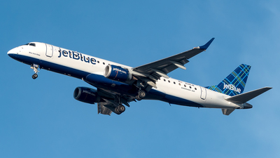 A picture of N318JB - Embraer E190AR - JetBlue Airways - © Yan777