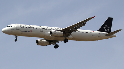 TC-JRB - Airbus A321-231 - Turkish Airlines