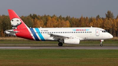 A picture of RA89082 - Sukhoi Superjet 10095LR - Yamal Airlines - © Igor Dvurekov