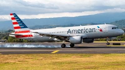 N110UW - Airbus A320-214 - American Airlines