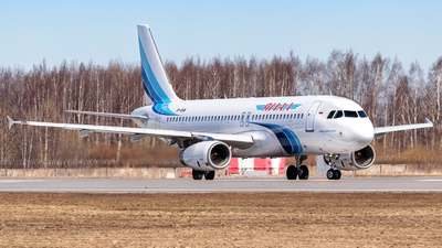VP-BHW - Airbus A320-232 - Yamal Airlines