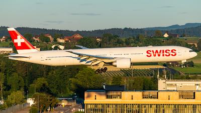 HB-JNL - Boeing 777-3DEER - Swiss