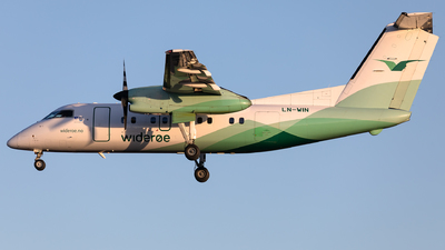 A picture of LNWIN - De Havilland Canada Dash 8100 - Wideroe - © Łukasz Stawiarz