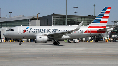 A picture of N9026C - Airbus A319115 - American Airlines - © Daniel Lapierre Forget