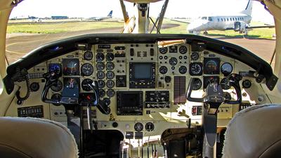 PT-OZS - Embraer EMB-121A1 Xingú II - Private
