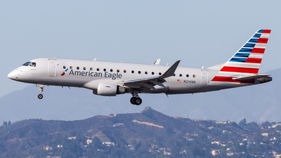 A picture of N216NN - Embraer E175LR - American Airlines - © Brandon Giacomin