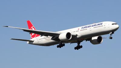 TC-JJY - Boeing 777-3F2ER - Turkish Airlines