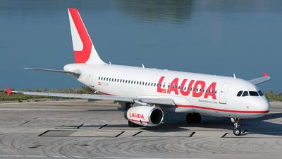 OE-LOB - Airbus A320-232 - LaudaMotion