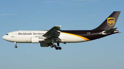 A picture of N140UP - Airbus A300F4622R - UPS Airlines - © Ozell V. Stephens Jr.