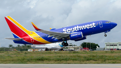 N7850B - Boeing 737-7Q8 - Southwest Airlines