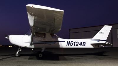 N5124B - Cessna 152 - Hillsboro Aero Academy