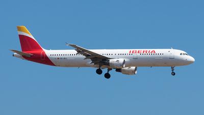 EC-JEJ - Airbus A321-211 - Iberia