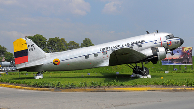 FAC667 - Douglas DC-3 - Colombia - Air Force