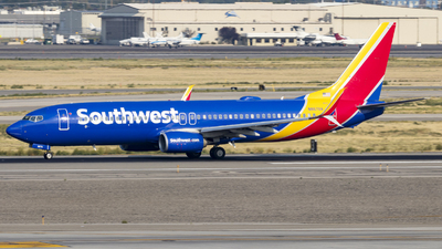 A picture of N8670A - Boeing 7378H4 - Southwest Airlines - © David Lee