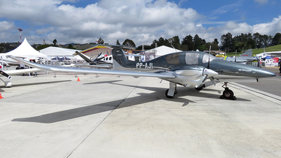 PP-AJI - Diamond Aircraft DA-62 - Private