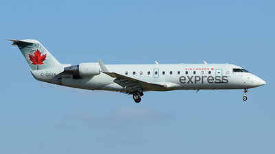 C-GKEK - Bombardier CRJ-200LR - Air Canada Express (Air Georgian)