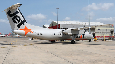 A picture of VHTQM - De Havilland Canada Dash 8300 - Qantas - © Tim Bowrey