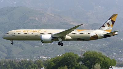 A picture of A6BLZ - Boeing 7879 Dreamliner - Etihad Airways - © Amir Mukhametgalin - Kazakhstan Spotting Club