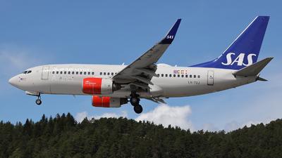 A picture of LNTUJ - Boeing 737705 - SAS - © Arno Vesterholm