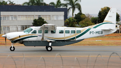 PT-MEB - Cessna 208B Grand Caravan - Two Taxi Aéreo