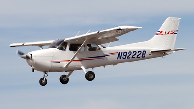 N92228 - Cessna 172S Skyhawk - Private