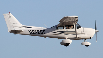 N2126F - Cessna 172S Skyhawk SP - Private