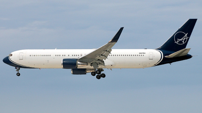 A picture of N827RC - Boeing 76735H(ER) - iAero Airways - © Racso_Smet