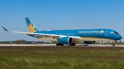 VN-A899 - Airbus A350-941 - Vietnam Airlines