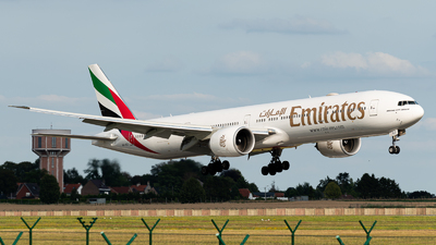 A6-EQJ - Boeing 777-31HER - Emirates