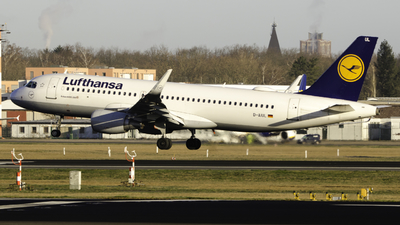 A picture of DAIUL - Airbus A320214 - Lufthansa - © Theo Möhle