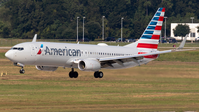 A picture of N937NN - Boeing 737823 - American Airlines - © Shattuck Bell