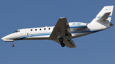 PH-RID - Cessna 680 Citation Sovereign - Private