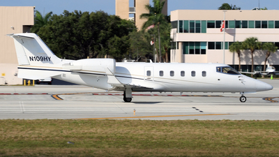 N109HY - Bombardier Learjet 60 - Private