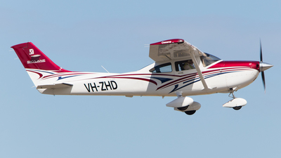 A picture of VHZHD - Cessna 182T Skylane - [18282381] - © Lachlan Gatland