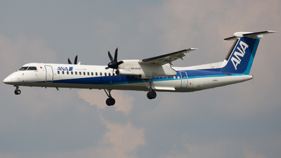 A picture of JA460A - De Havilland Canada Dash 8400 - All Nippon Airways - © Tokubee