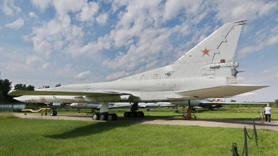 33 - Tupolev Tu-22M3 Backfire - Russia - Air Force