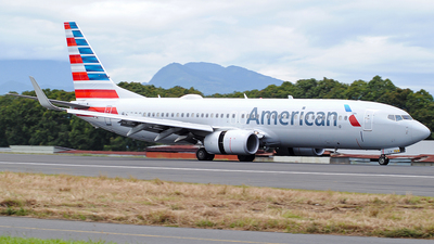 A picture of N906NN - Boeing 737823 - American Airlines - © Brian Boche
