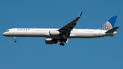 A picture of N56859 - Boeing 757324 - United Airlines - © Yan777