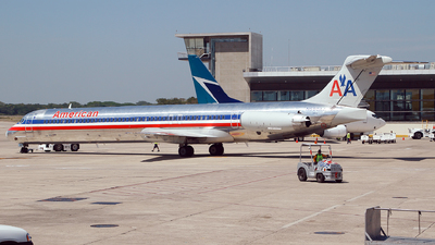 N590AA - McDonnell Douglas MD-83 - American Airlines