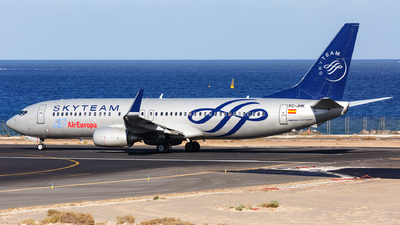 A picture of ECJHK - Boeing 73785P - [33975] - © Dave Henderson