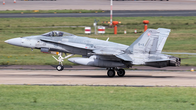 188760 - McDonnell Douglas CF-188 Hornet - Canada - Royal Canadian Air Force (RCAF)