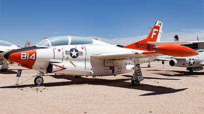 157050 - North American T-2A Buckeye - United States - US Navy (USN)