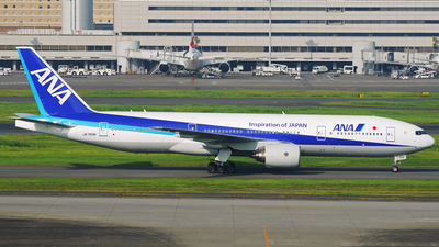 JA703A - Boeing 777-281 - All Nippon Airways (ANA)