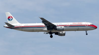 B-6367 - Airbus A321-211 - China Eastern Airlines