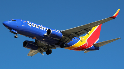 A picture of N481WN - Boeing 7377H4 - Southwest Airlines - © Alexander Aston