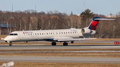 A picture of N181GJ - Mitsubishi CRJ900LR - Delta Air Lines - © Azillion 737