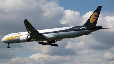 VT-JEW - Boeing 777-35RER - Jet Airways