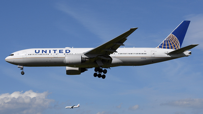 N787UA - Boeing 777-222(ER) - United Airlines