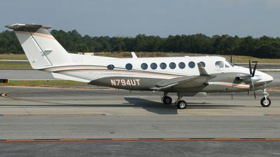 N794UT - Beechcraft B300 King Air 350 - Private